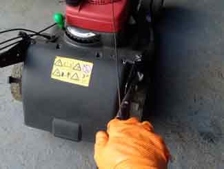 Pull start Honda mower
