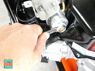Snow blower carb bowl removal
