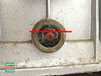 Power wash pump oil level sight glass